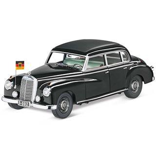 fotos-B66040614_Miniatura-de-carro-300-w-186-Infantil-Mercedes-Benz-Preto.jpg