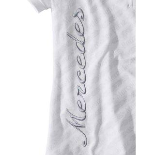 B67995167_2_Camiseta-Golf-Grinaldas-Feminina-Mercedes-Benz-Branco