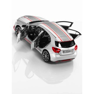 B66960334_2_Miniatura-de-carro-Classe-A-Polar-Mercedes-Benz-Prata