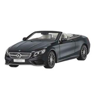 B66960354_Miniatura-de-carro-S-Class-Cabriolet-preto-Unissex-Mercedes-Benz